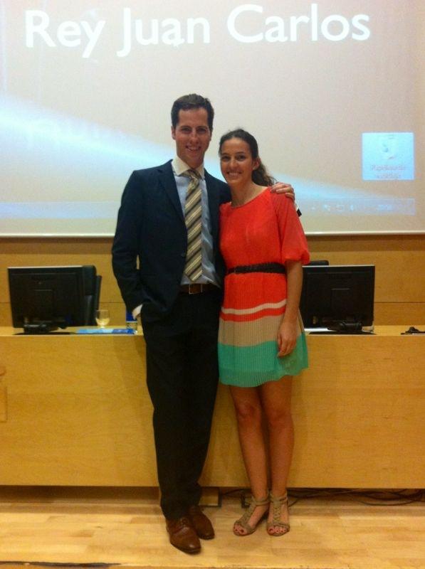 El Dr. Bruno Baracco junto a su hermana y directora de la clínica, la Dra. Natalia Baracco